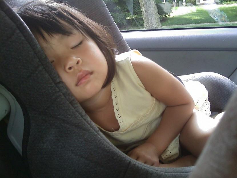 spánok dievčatka